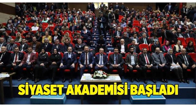12 Bin Kişinin Eğitim Alacağı Siyaset Akademisi Başladı