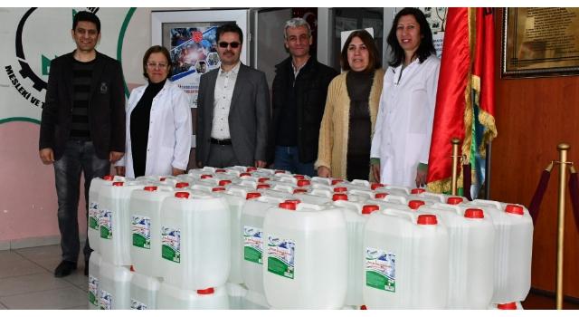 Meslek lisesinde 6 ton dezenfektan üretimi