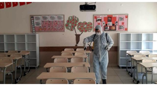 Şarköy'de okullar ve camiler bulaşıcı hastalıkları karşı ilaçlandı