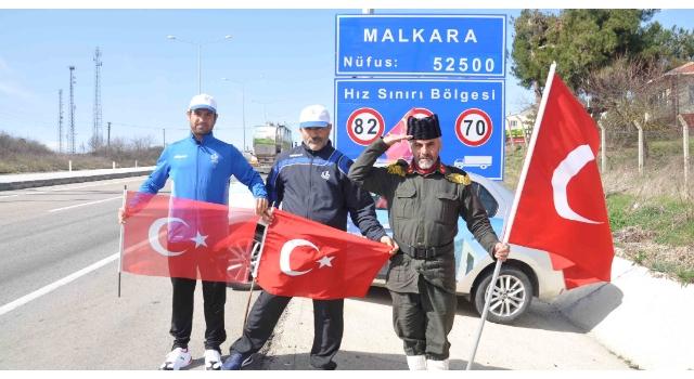 Şehitler için Çanakkale'ye yürüyen gazi torunu, Malkara'ya ulaştı