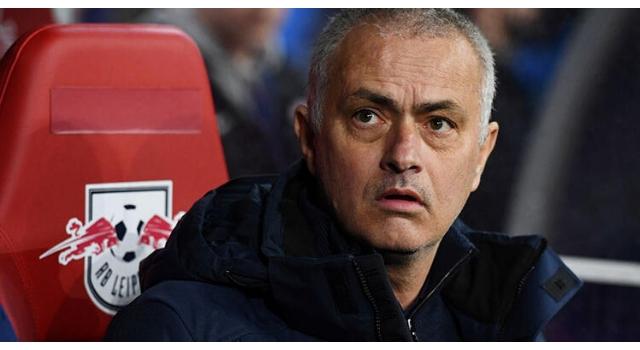 Mourinho, mili futbolcumuz Zeki Çelik'i istiyor