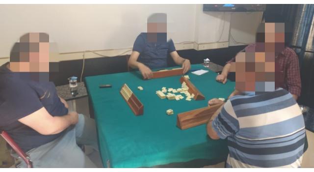 İş yerinde okey oynayan 4 kişiye 12 bin TL ceza
