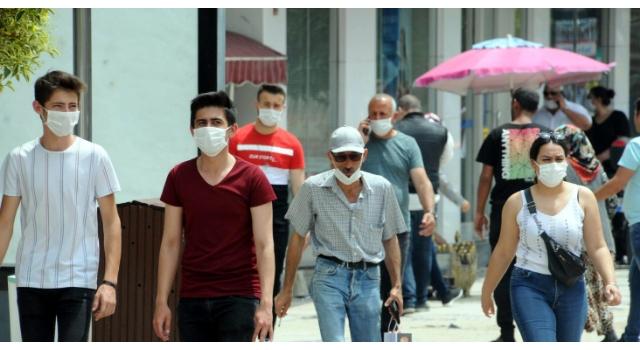 Prof.Dr. Tecer: Yeni tehlike; maske, eldivenler, enfekte olmuş atıklar