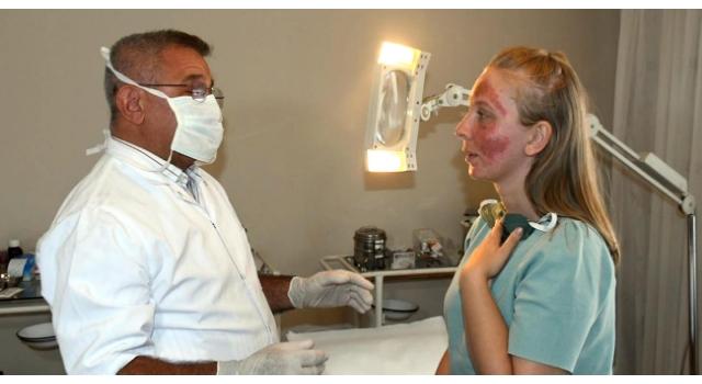 Cilt bakımı yaptırırken yüzünde yanıklar oluşan Müge, 6 ay tedavi görecek