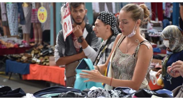 Karantinanın kaldırıldığı Bulgaristan'dan alışverişe Edirne'ye geliyorlar
