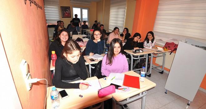 Sınav Becerisi Kazandırma Kursu Başladı
