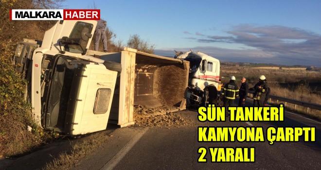 Süt Tankeri Kamyona Arkadan Çarptı; 2 Yaralı