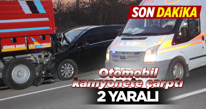 Otomobil Kamyonete Çarptı; 2 Yaralı