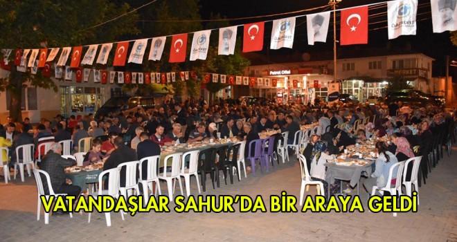 Başkanlar Sahur'da Vatandaşlarla Buluştu