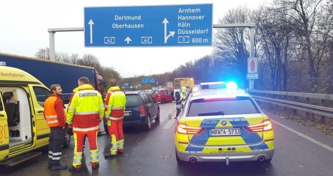 TYGD Almanya Essen temsilcisi trafik kazası geçirdi
