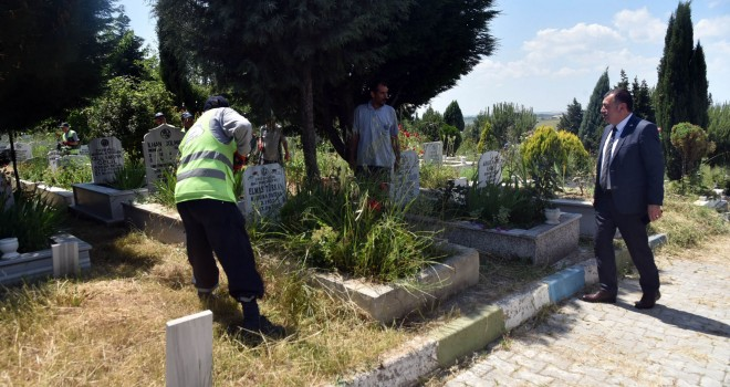 Şehir Mezarlıkları Ramazan Bayramına Hazırlandı