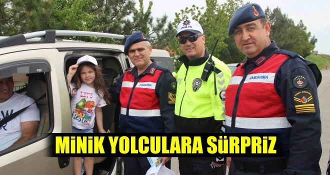 Jandarma'dan Şapkalı Trafik Uygulaması