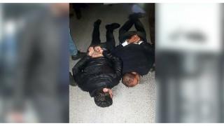 'Polis' olduklarını söyleyerek gasp yapan 4 İranlı tutuklandı