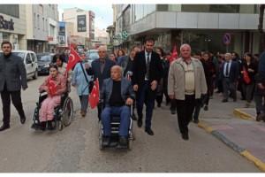 Keşan'da engelliler, şehitleri anmak için yürüdü