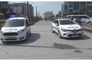 Polisten Arapça 'evde kalın' anonsu