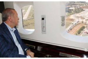 Cumhurbaşkanı Erdoğan, İstanbul'da yapımı devam eden hastaneleri havadan inceledi