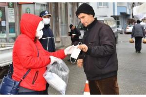 Malkara Belediyesi Pazar Alanında Ücretsiz Maske Dağıttı