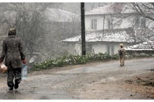 Nisan Ayında Kırklareli'ye Kar Yağdı
