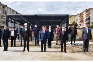 Büyükşehir Belediyesinin İlçelerdeki Çalışmaları Hız Kesmeden Devam Ediyor