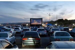 Tekirdağ'da otomobillerle 'açık hava sineması' etkinliği