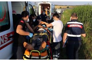 Tekirdağ'da tarlaya uçan minibüste 7 kişi yaralandı
