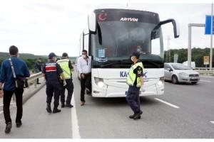 Jandarma tarafından İstanbul girişinde denetim yapıldı