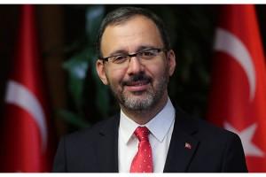 Bakan Kasapoğlu'ndan futbolda 2020-2021 sezon açılış mesajı