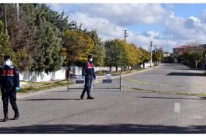 Karantina altındaki köye gizlice girmeye çalışan 2 kişiye 6 bin 300 lira ceza