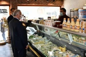 Vali Aziz Yıldırım Ömürcan Peynir Helvasını Ziyaret Etti