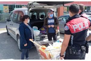 Edirne'de markete aracıyla gidenlere ceza