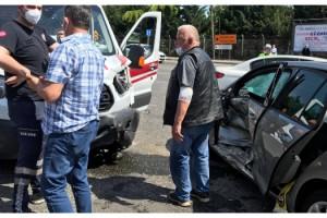 Tekirdağ'da ambulansla otomobil çarpıştı: 1 yaralı