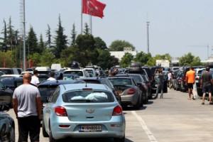 Kapıkule'de gurbetçilerin hüzünlü dönüş yolculuğu
