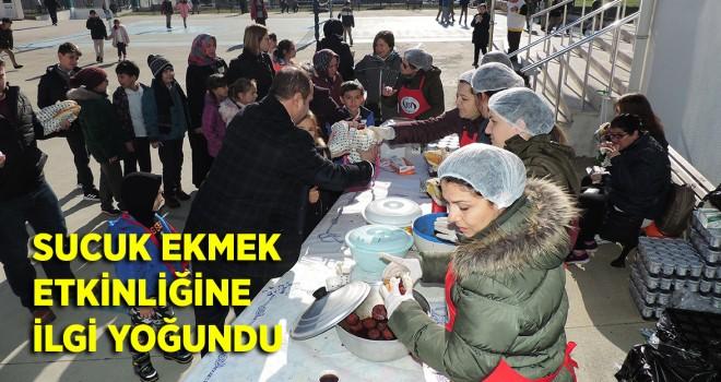 """Mustafa Uysal Ortaokulu'ndan """"Sucuk Ekmek Partisi"""""""