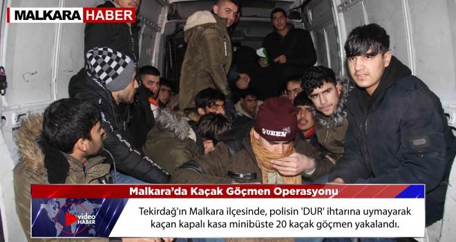 Polisin Dur İhtarına Uymayan Minibüs'ten 20 Göçmen Çıktı