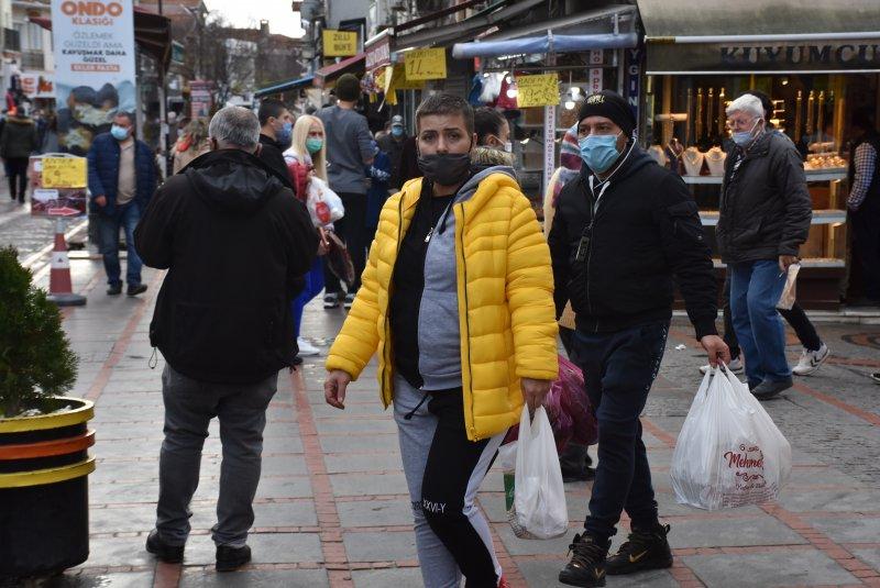 Bulgarlar, yılbaşı alışverişi için Edirne'ye akın etti