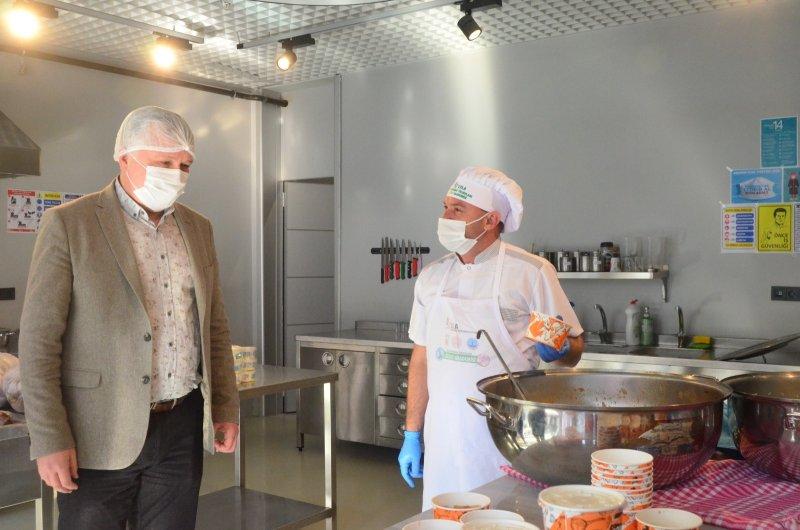 Lüleburgaz Belediye Başkanı Gerenli: Hiç kimsenin yatağına aç girmesini istemiyoruz
